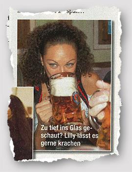 [Lilly Becker trinkt aus einem Bierglas] - Zu tief ins Glas geschaut? Lilly lässt es krachen