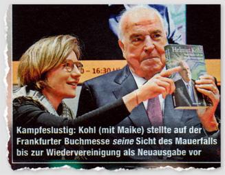 Kampfeslustig: Kohl (mit Maike) stellte auf der Frankfurter Buchmesse seine Sicht des Mauerfalls bis zur Wiedervereinigung als Neuausgabe vor